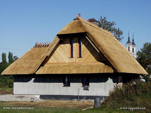Irbis reed roof on a new home - Foxy Cottages, Mazowsze