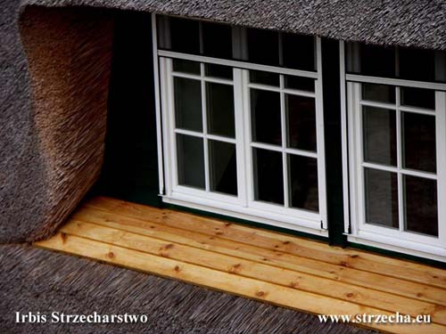 Thatch - window sills should be made in a way that prevents penetration of rainwater