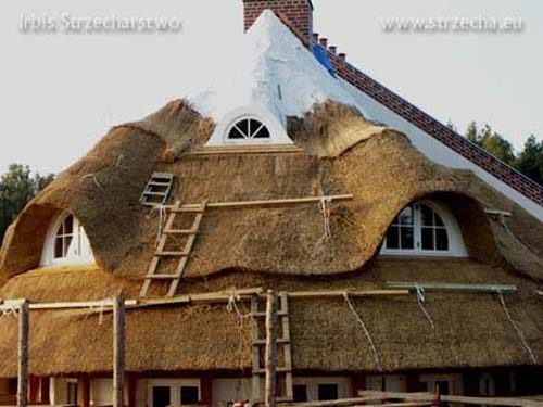 finished with clinker chimney, Sepatec fire-proofing construction insulation for thatched roofs