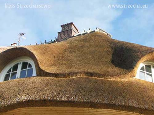 Reed roof: working with thatched roofs, 'eye crook', contractor company Irbis